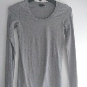 Theory Long Sleeve Gray Tee Shirt